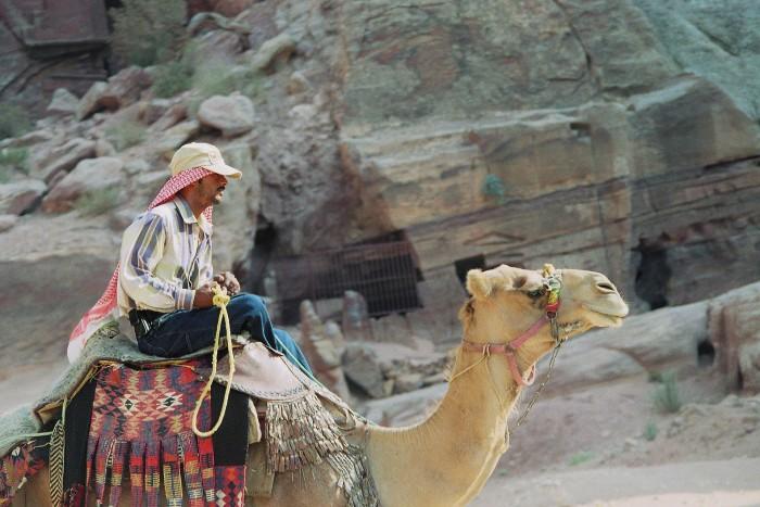 bedouin-173383_1920