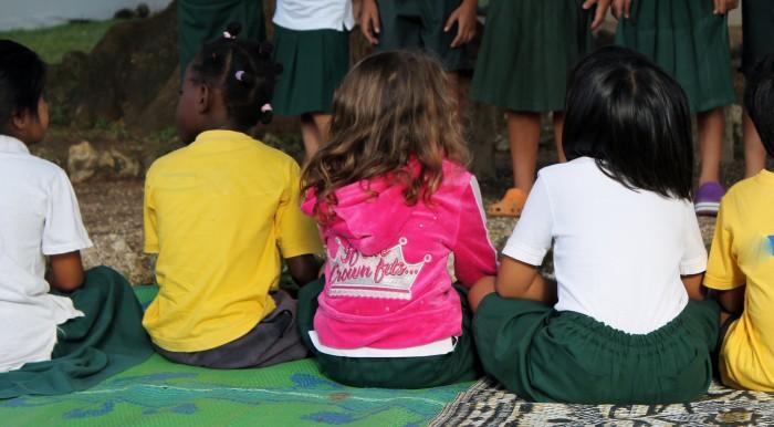 children sitting 2013
