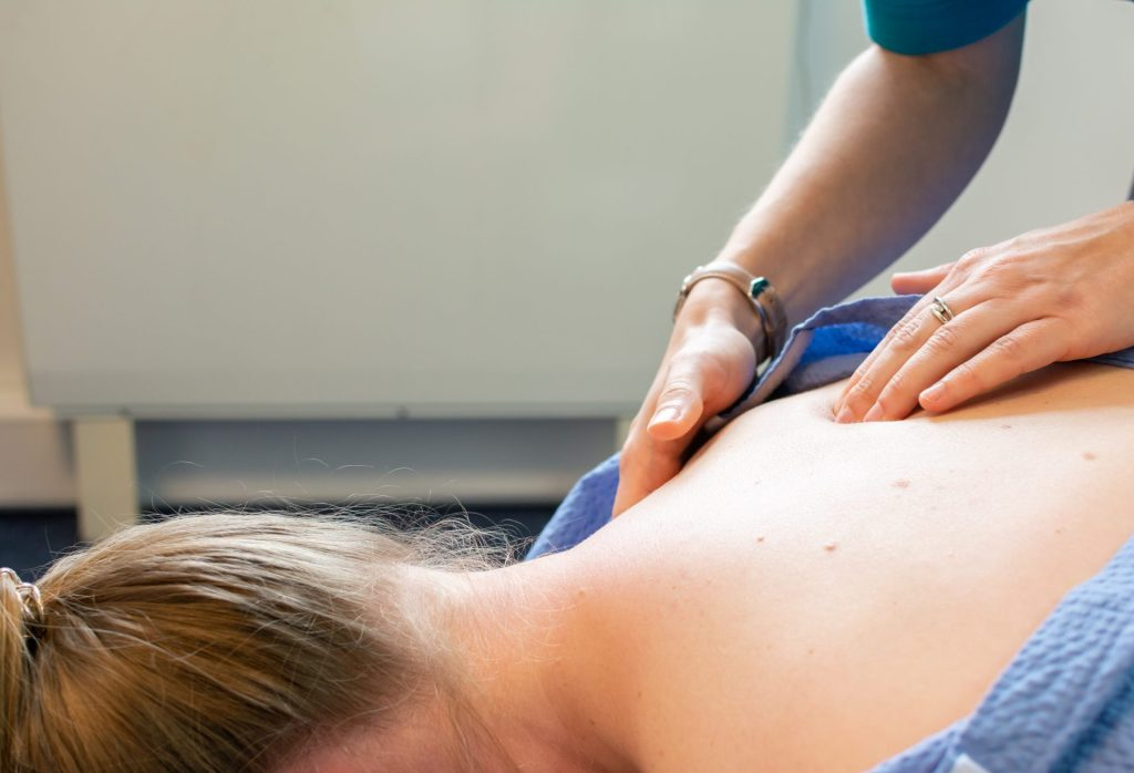 Initial assessment chiropractic osteopathy treatment
