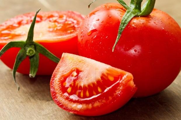 Los beneficios de consumir tomate para la salud