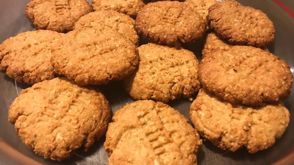 biscotti integrali con fiocchi d'avena - alimentazione salutare - bioenergetica - dottoressa annarita aiuto