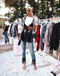 Chiara Ferragni channels LA vibes for her new collection