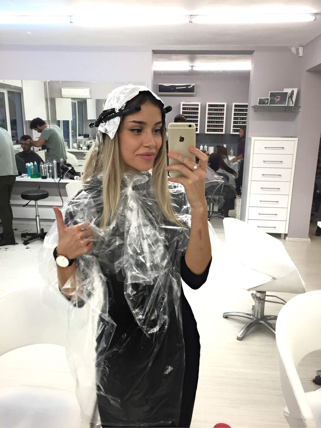 LiveFeed: I'm changing my hair color!