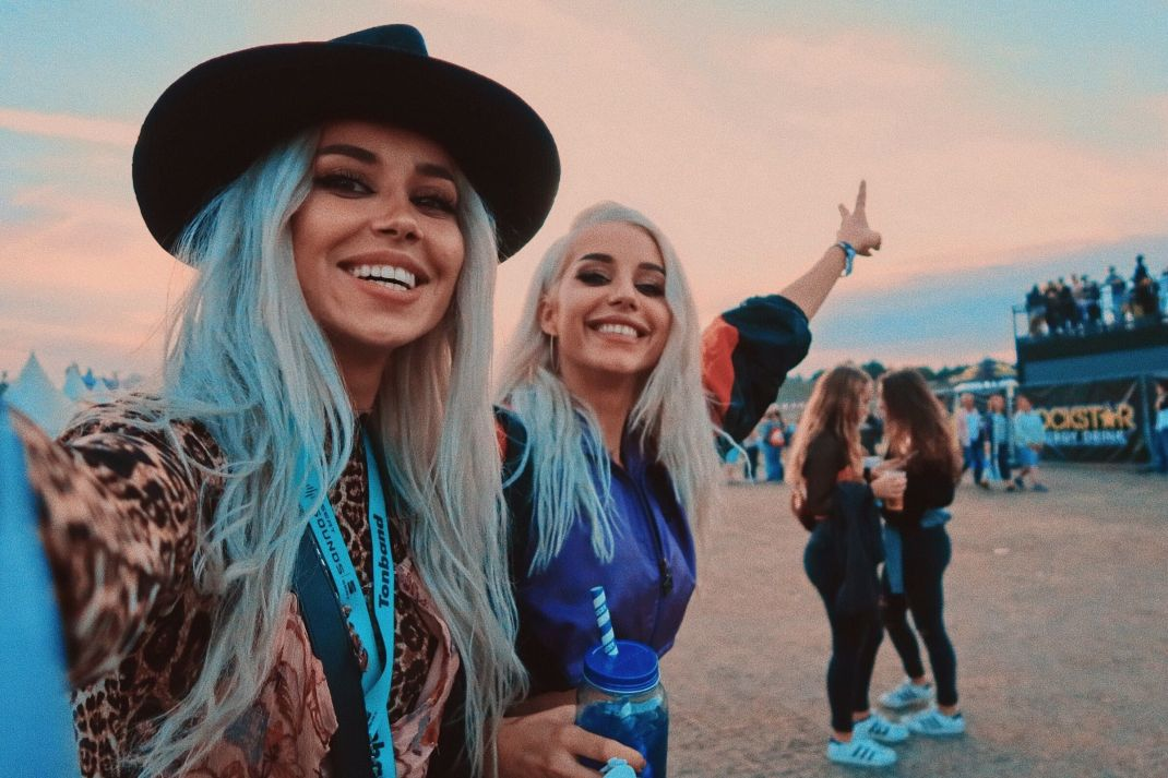 #TravelWhereTheMusicTakesYou: Lollapalooza, The Weeknd, 24 de ore in Berlin.