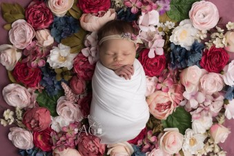 Plano-Newborn-Photographer-Baby-Everly-3