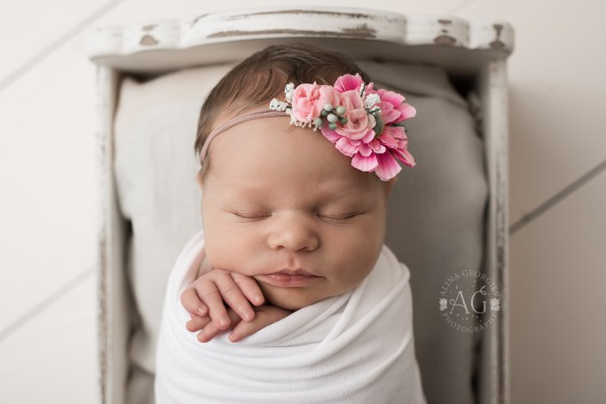 Plano-Newborn-Photographer-Baby-Everly-4