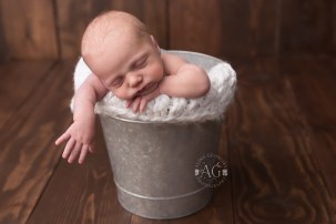 Plano-Newborn-Photographer-Baby-Hawk-2