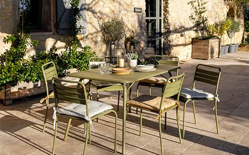 table de jardin en metal meubles de