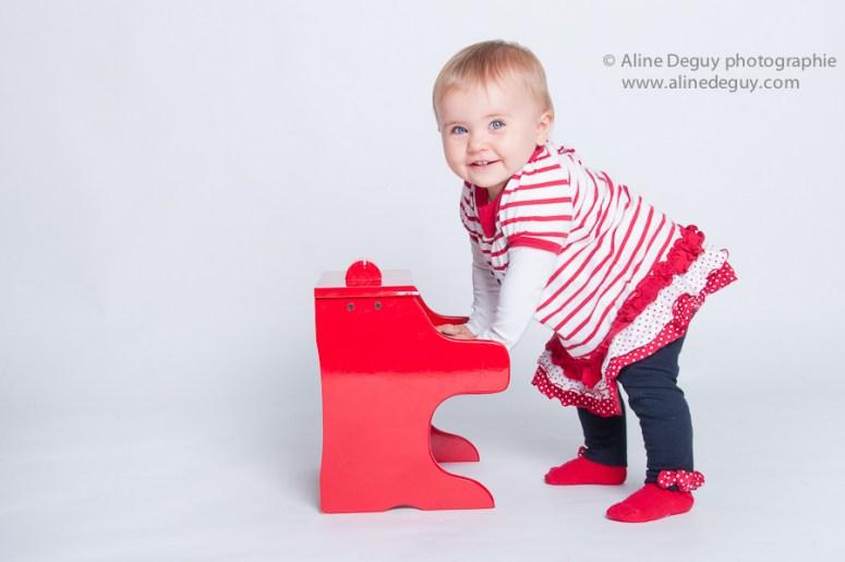 photographe séance photo bébé grossesse studio nanterre rueil puteaux suresnes neuilly sur seine 92 hauts de seine aline deguy