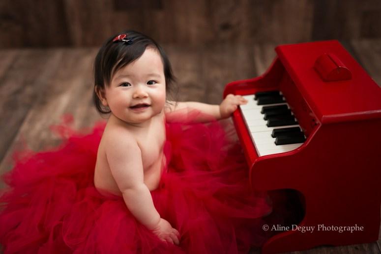 Aline Deguy Photographe, Studio, bébé, asiatique, sourire