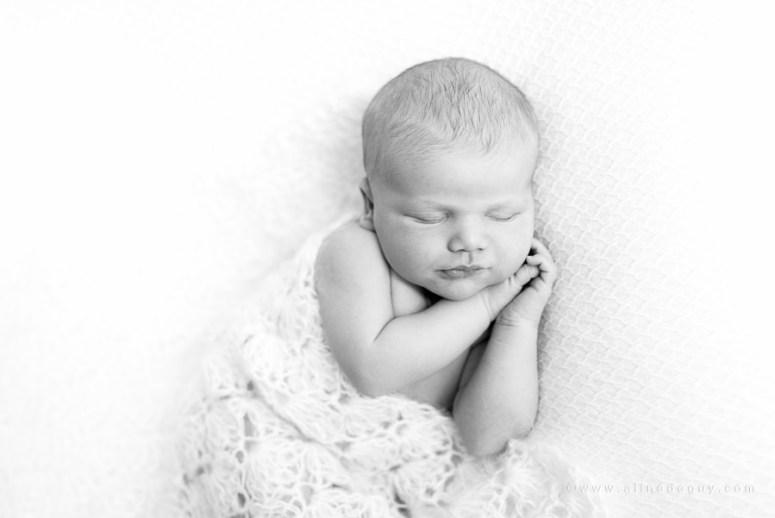 Photographe nouveau-né paris, photographe bébé suresnes