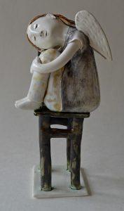 figurative-ceramics - 11.-Dreaming-Angel-faience-glazesh18