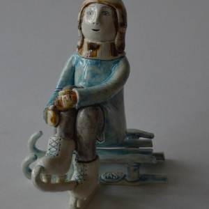 figurative-ceramics - going-to-skating-rink