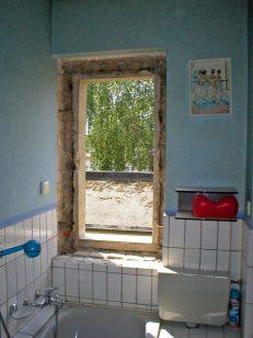 Badfenster ausgebaut
