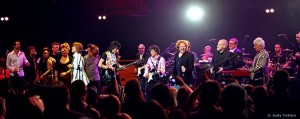 Alison on stage at Royal Albert Hall with Ronnie Woods, Mick Hucknall and others