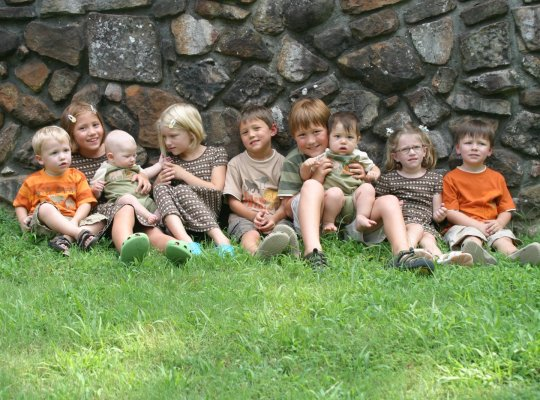 Nine Cousins, Whitney Loibner Photography