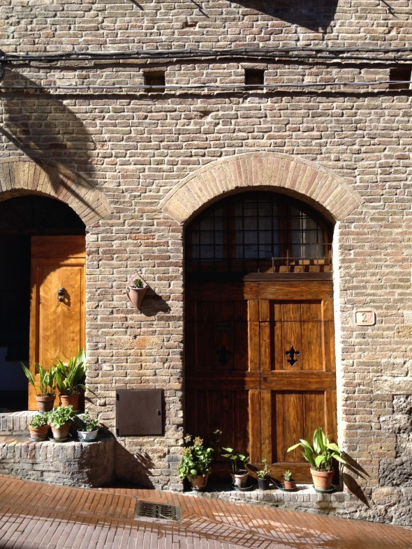 Tuscany, Cruise Port Livorno, San Gimingnano, Italy, Travel in Europe, Tuscan Doors and Windows