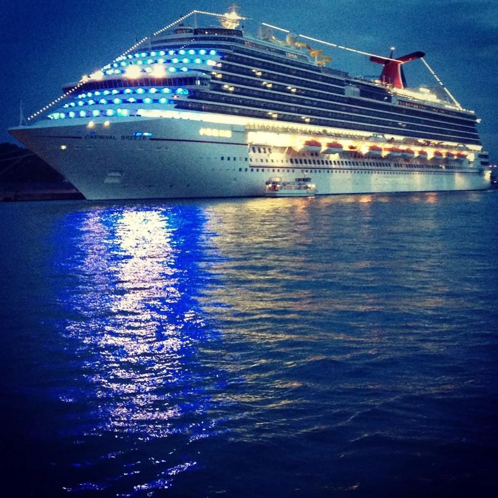 Carnival Breeze, Cruising, Cruise Ship, Notes on a Cruise, European Cruise, Cruising the Mediterranean, Carnival Cruise, Carnival Breeze at Night, Night in Venice on a Cruise