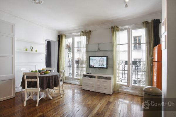 Go With Oh Paris Apartment, Meet Me In Paris