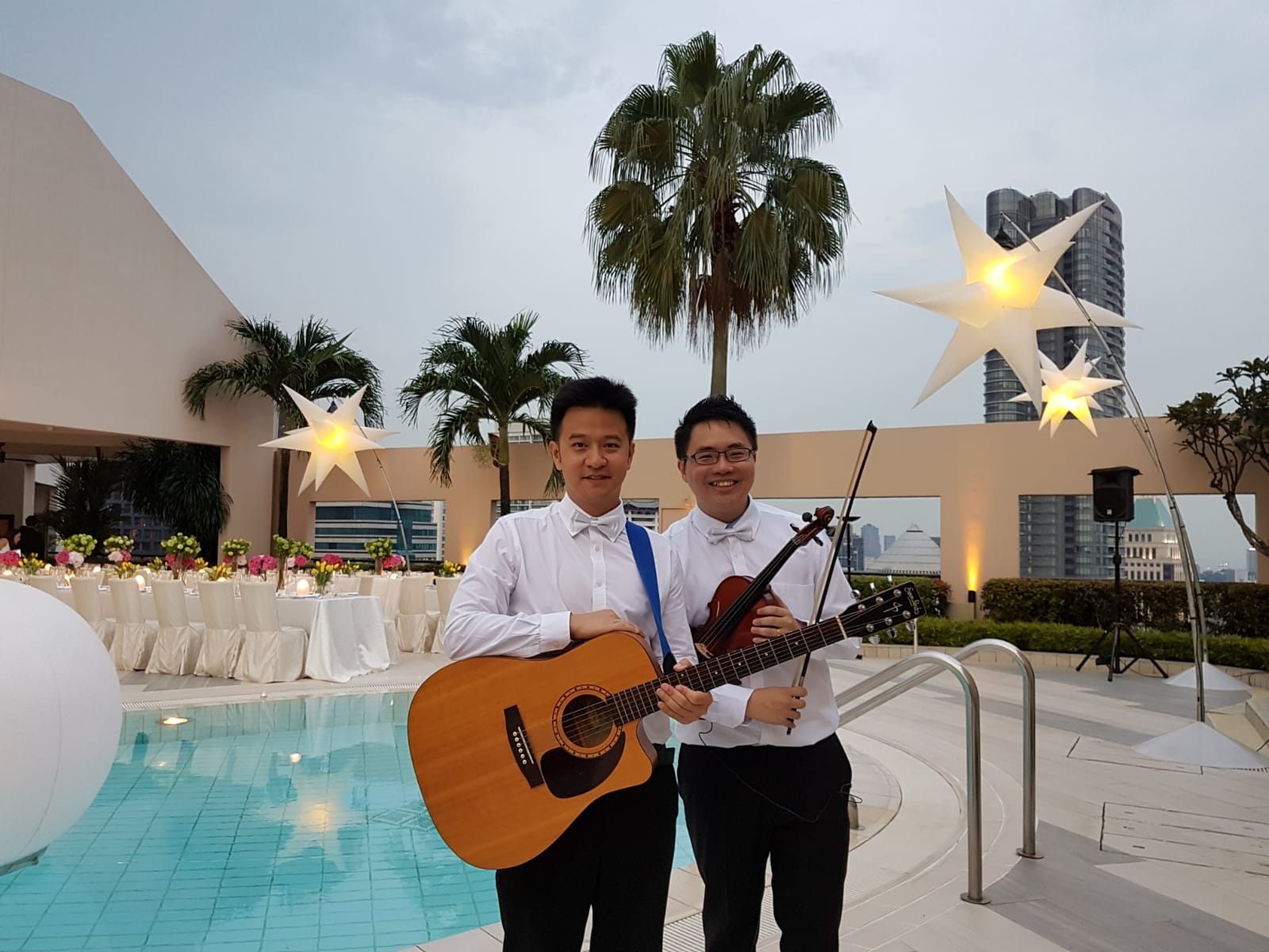Four Seasons Singapore Poolside Live Band