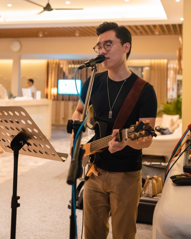 Singapore corporate live bands