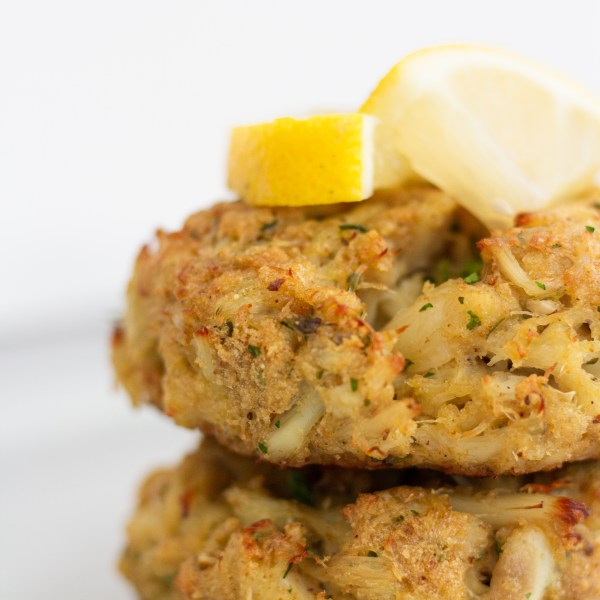 Lump crab cake by A Little Food