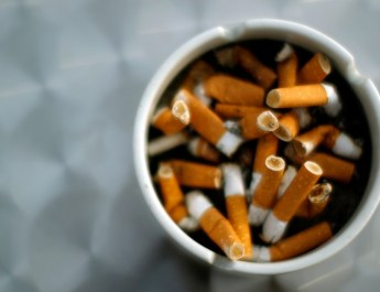 Sigara çok zararlı ise devlet neden tamamen yasaklamıyor?