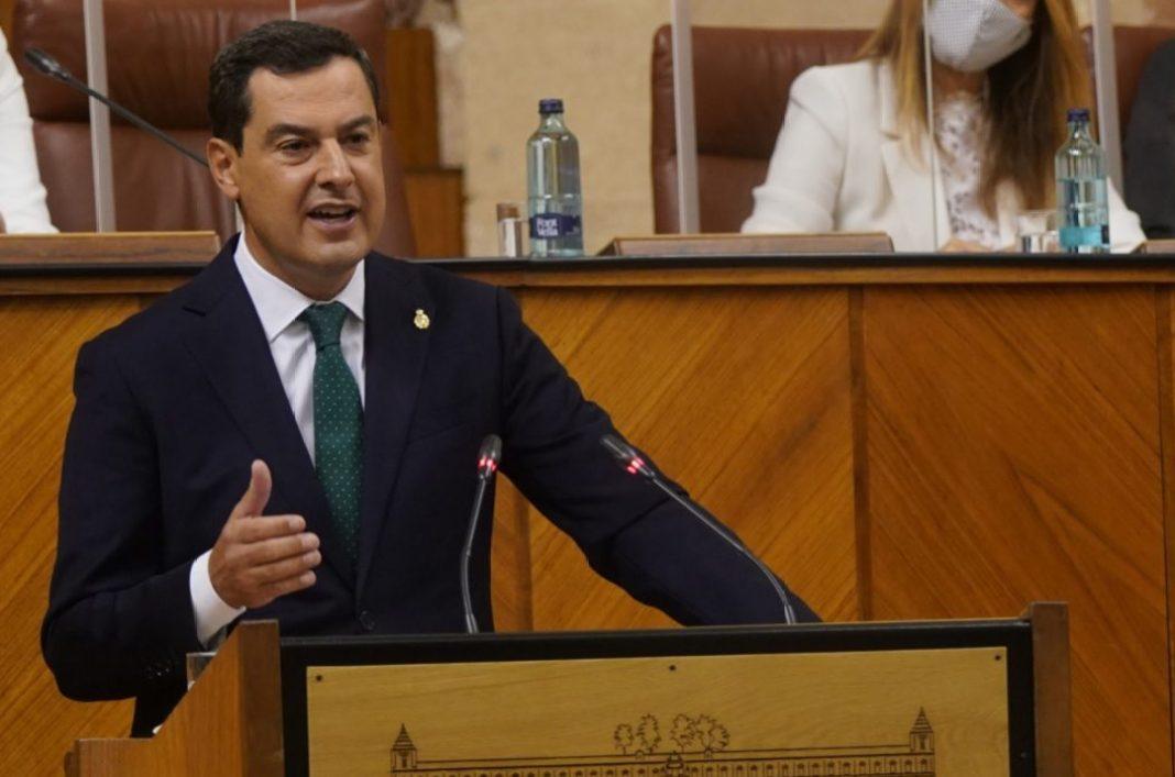 Juanma Moreno Bonilla durante el Debate del Estado de la Comunidad esta mañana. Foto de la Junta.