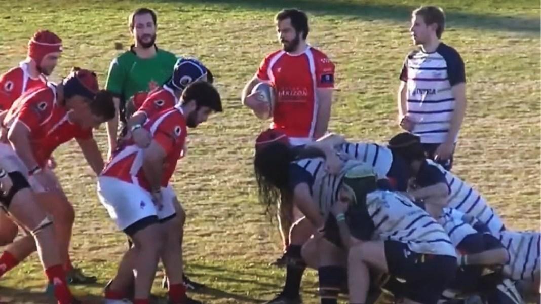 Instantes del partido que ha enfrentado al Mairena Rugby y al Arquitectura.