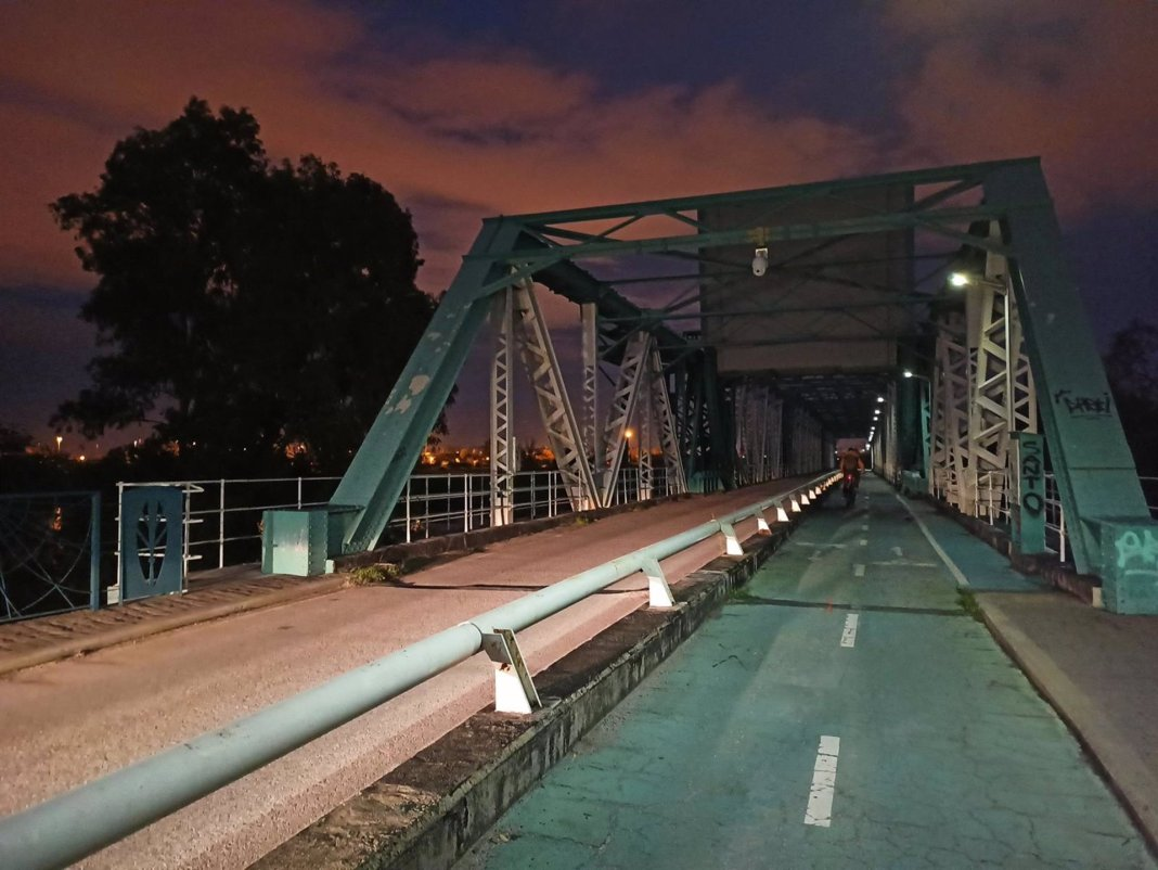 Puente metálico de San Juan de Aznalfarache. EP