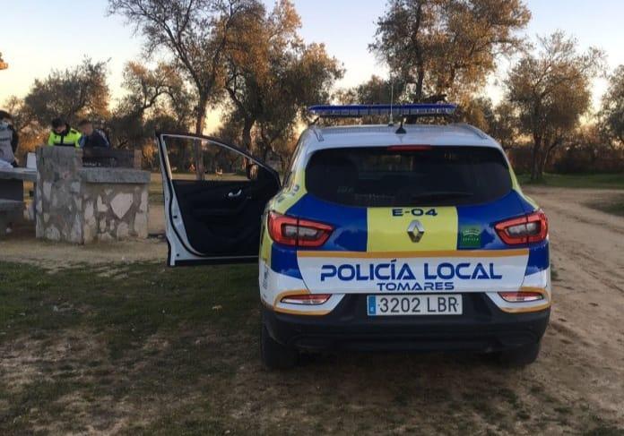 Coche Policía Local de Tomares.