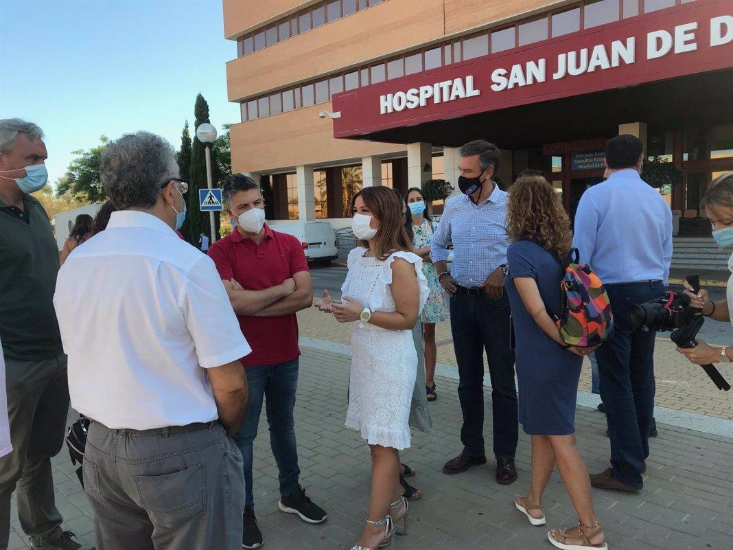 Visita al hospital del Aljarafe de Verónica Pérez (PSOE).