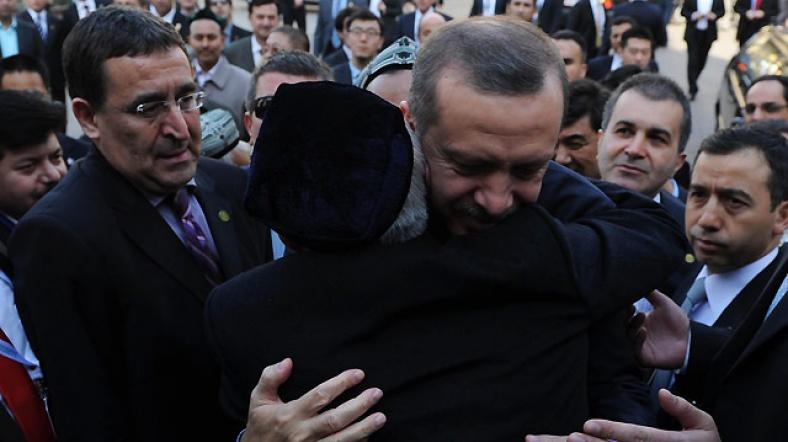 Erdoğan'ın Urumçi Resimleri ile ilgili görsel sonucu