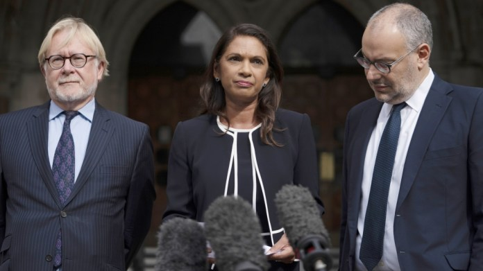 Campaigner Gina Miller (C) delivers a statement outside the Royal Courts of Justice in central London, Britain, 06 September 2019
