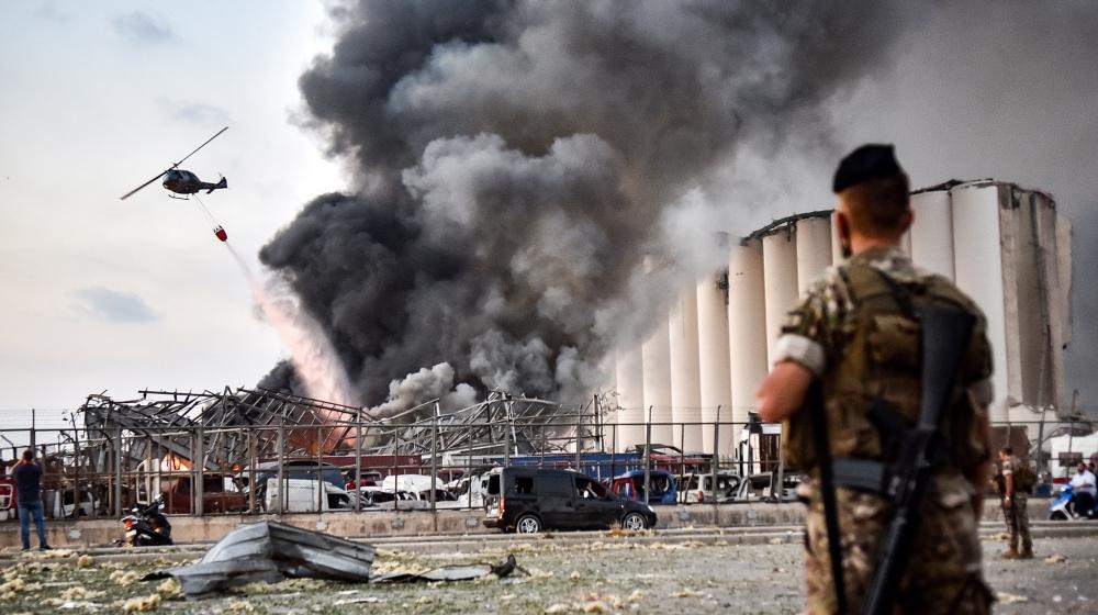 """NNN: El Consejo Supremo de Defensa libanés decidió en una reunión el miércoles que un puerto en la ciudad libanesa del norte de Trípoli asumirá las funciones del puerto en Beirut, que recientemente fue destruido por una poderosa explosión. """"Prepare el puerto de Trípoli para proporcionar operaciones comerciales de importación y exportación (en lugar del […]"""