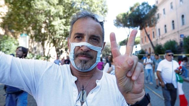 No mask rally