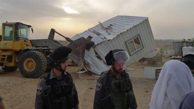 Ratusan Warga Palestina Kehilangan Tempat Tinggal