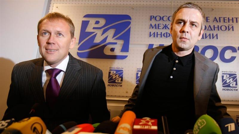 Andrei Lugovoi, left, and Dmitry Kovtun are accused of poisoning Alexander Litvinenko [Sergey Ponomarev/AP]