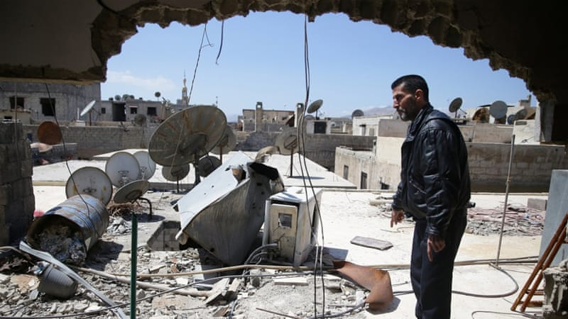 Syria's war has killed more than 320,000 people and displaced millions [Bassam Khabieh/Reuters]