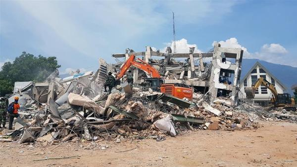 Indonesia quakes a 'wake-up call' on buildings' shaky ...