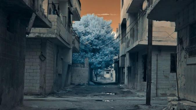 A Stranger Came to Town  Accounts of the War in Syria   Syria   Al     The 2012  Battle of Aleppo  between Syrian government forces and rebel  factions left the city ruins  Thomas Vroege  Illumina Films