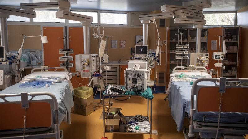 Coronavirus pandemic piles pressure on Italy's health system