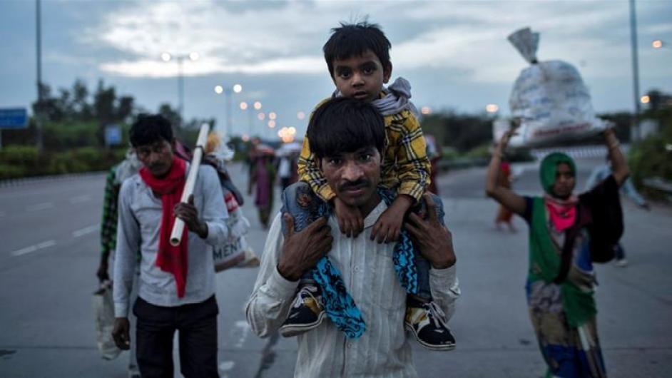 Chaos and hunger amid India coronavirus lockdown   India News   Al ...