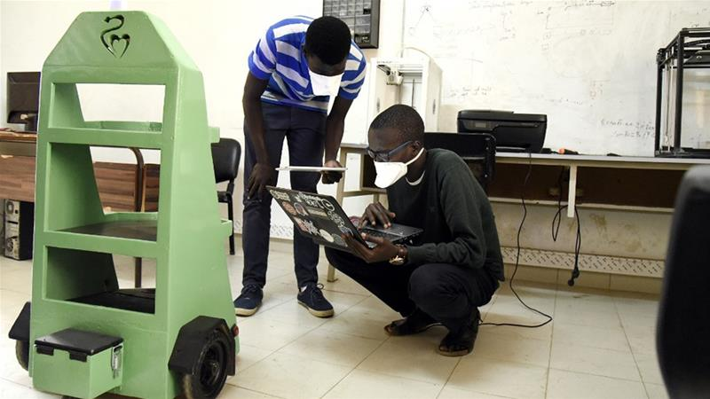 Senegalese engineering students fight coronavirus with inventions