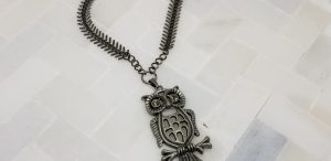 Owl pendant necklace with leaf chain
