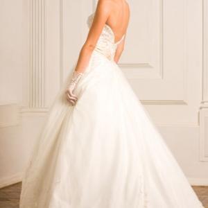 Психологический тест Какое свадебное платье тебе подходит ...