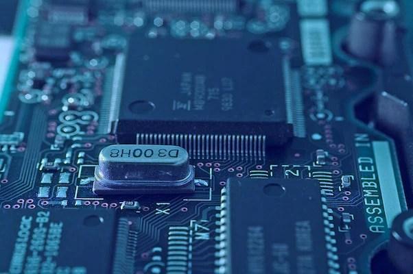 Diamonds Vie To Replace Silicon As Next Semiconductor