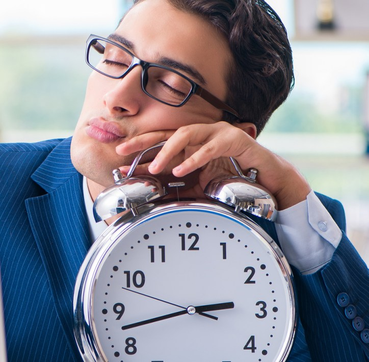 Sleepy manager with Clock