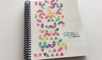 Review of the Quilter's Planner 2017 (Pros, cons and a walkthrough)