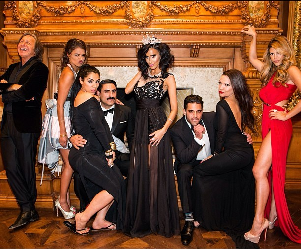 Lilly-Ghalichi-birthday-group-photo--4557160323719115159